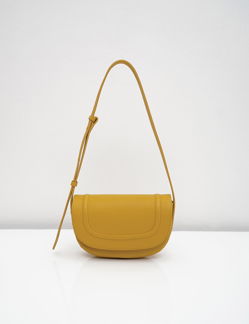 [New Arrivals] Loni small embo / yellow